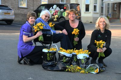 Puffin Produce deliver Welsh Daffodils to a Pembrokeshire Care Home